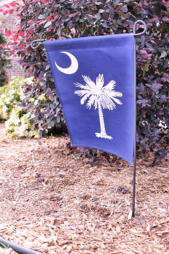 South Carolina state flag garden flag
