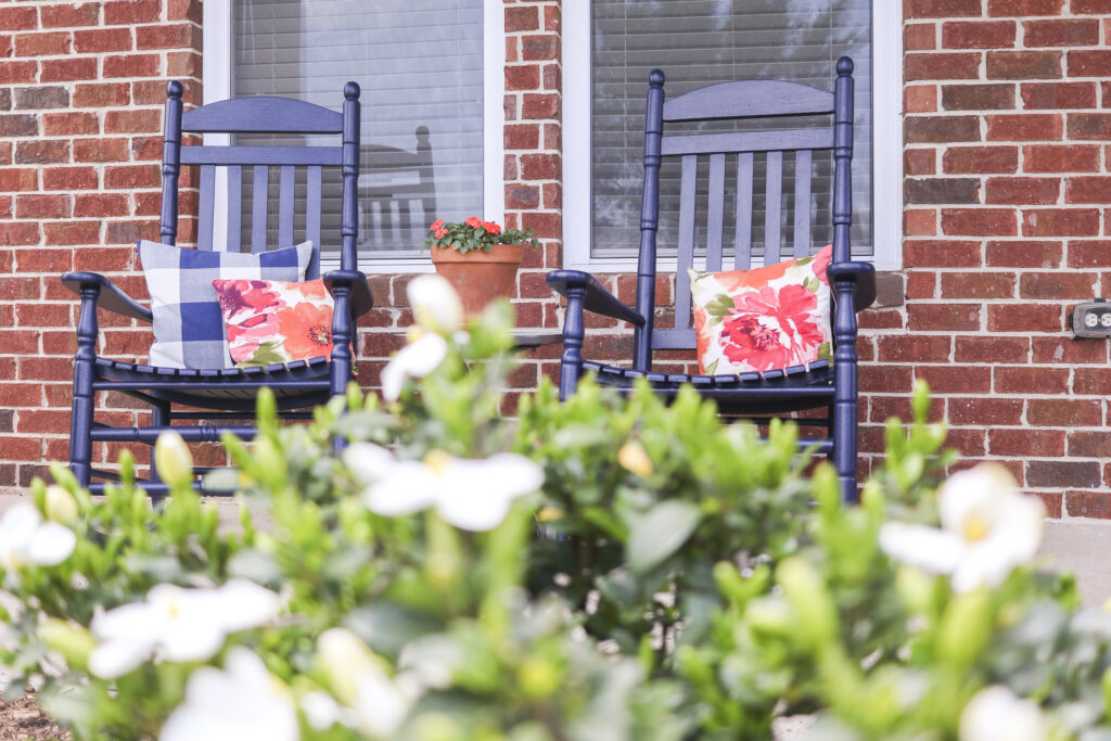 DIY Front Porch Refresh   simple ideas for big impact changes   cleaned and painted roadside treasure table